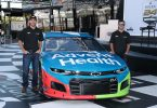 ross-chastain-kyle-larson-adventhealth-race-car