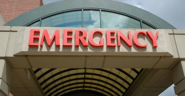 hospital-emergency-room-sign